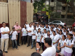 Volunteers along with RNA Corp Employees